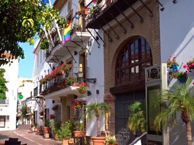 Which are the top six happiest towns in Spain?