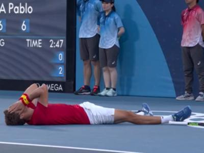 Spain's Pablo Carreño beats Novak Djoković and clinches the bronze