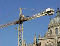 Hunger striker to continue crane-top protest