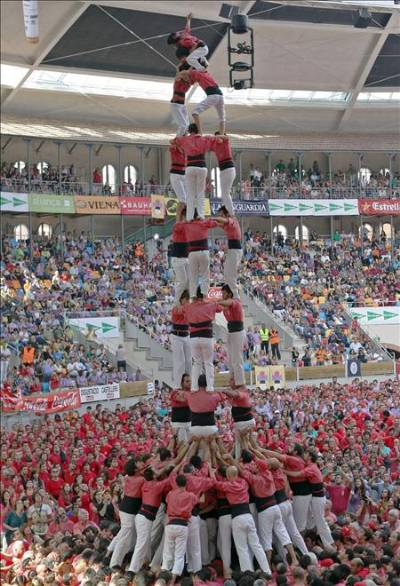 'Castellers' look for Unesco recognition