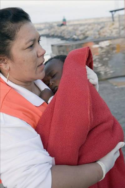 Search is on for baby as more boat people rescued in Motril