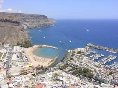 Smoking ban on Gran Canaria beaches