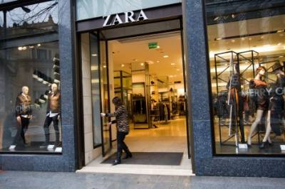 Zara workers rebel against working Saturday afternoons in July and August