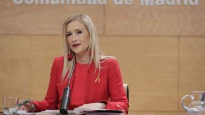 Cifuentes announces string of tax cuts for Madrid region