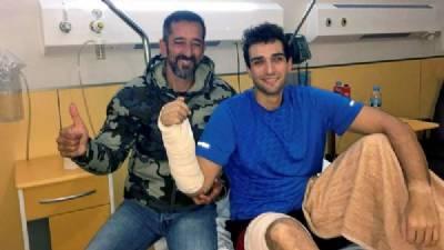 'Super-surgeon' Dr Cavadas repairs paralysed man's spine