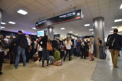 Spanish airports to adopt 'gender-free' announcements