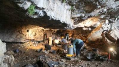 Highest-altitude prehistoric cave art found in Pyrénées