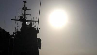 Spanish military boat accompanies Open Arms to Lampedusa