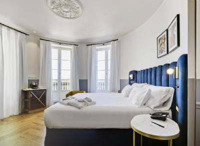 'World exclusive' Hilton Curio hotel opens in Alicante