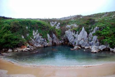 World's smallest (and most unusual) beach is in Asturias