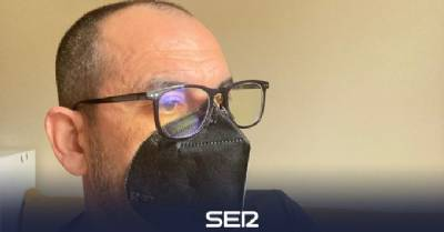 Spanish couple invent cordless mask that stays on using magnets