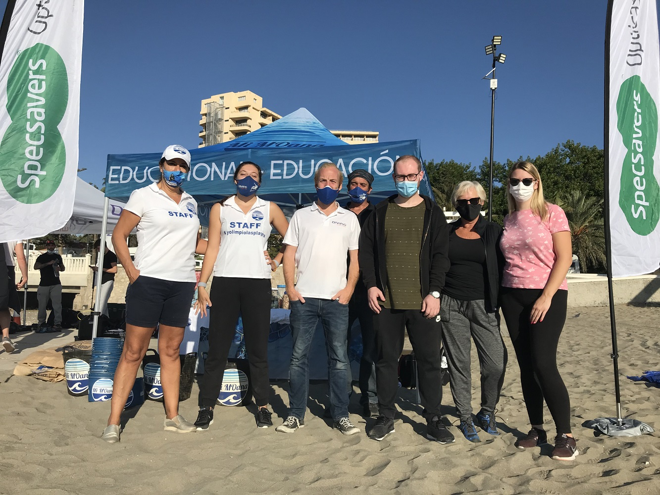 Volunteers clean up Fuengirola beach 2