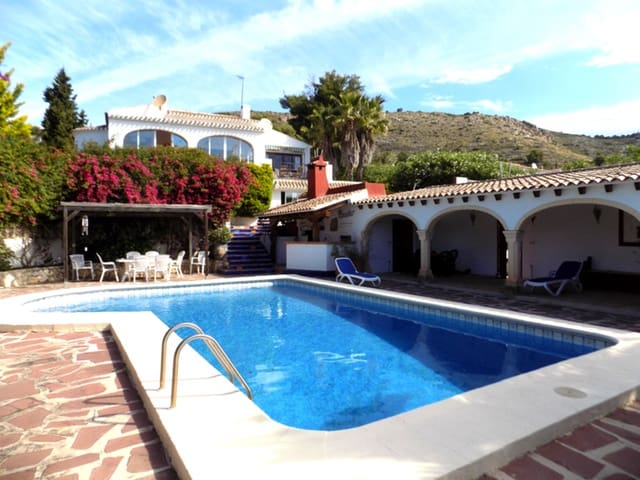 7 bedroom Finca/Country House for sale in Javea / Xabia with pool - € 499,000 (Ref: 5767737)
