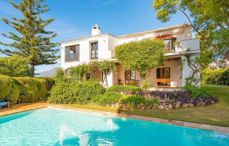 5 Zimmer Villa zu verkaufen in San Pedro de Alcantara mit Pool - 1.550.000 € (Ref: 4693787)