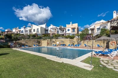4 bedroom Townhouse for sale in Los Arqueros with pool - € 694,950 (Ref: 4693947)