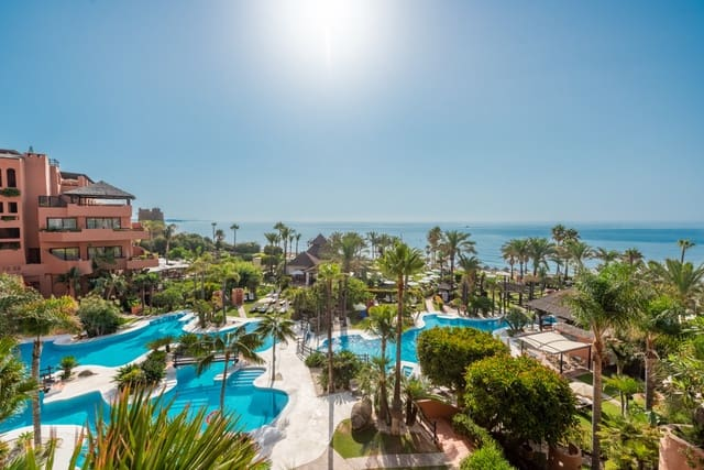 Estudio en Estepona en venta con piscina - 650.000 € (Ref: 4715396)