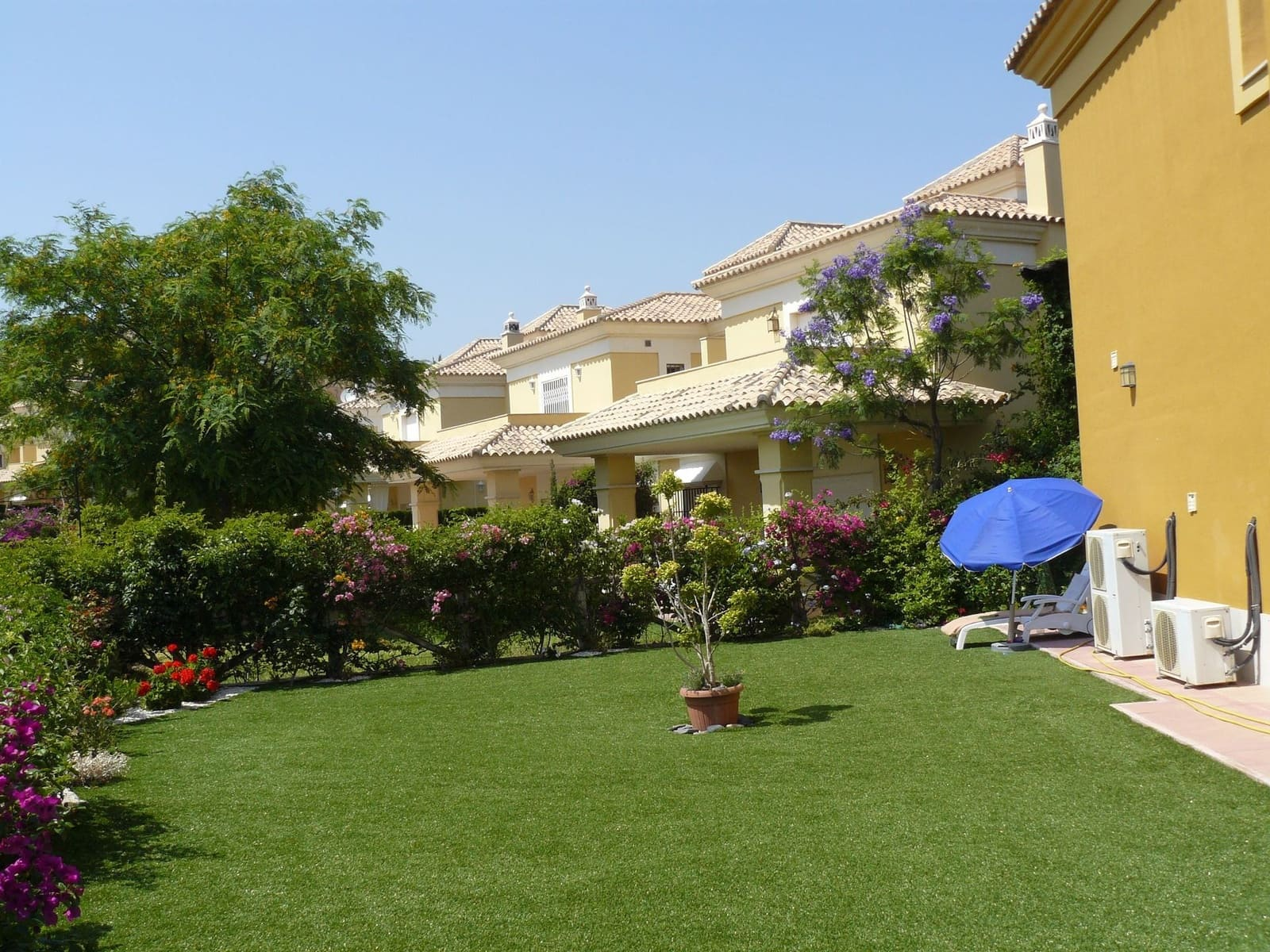 3 bedroom Townhouse for sale in Marbella - € 570,000 (Ref: 3961416)