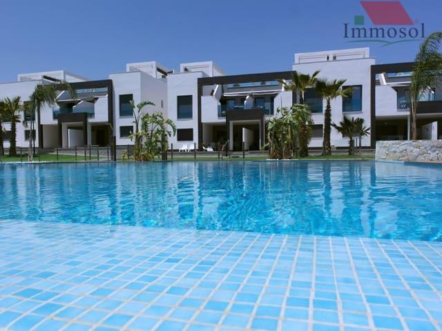 Bungalow de 2 habitaciones en Guardamar del Segura en venta con piscina garaje - 207.000 € (Ref: 5236040)