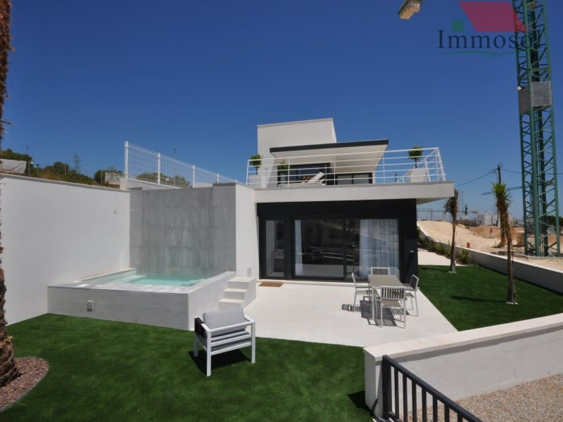 3 bedroom Villa for sale in San Miguel de Salinas with pool garage - € 650,000 (Ref: 5236099)