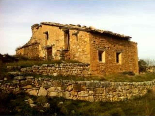 6 sovrum Finca/Hus på landet till salu i Morella - 100 000 € (Ref: 3318833)