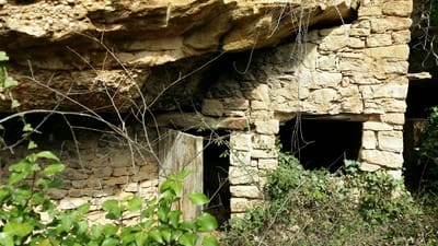 5 bedroom Finca/Country House for sale in La Portellada - € 90,000 (Ref: 4283834)