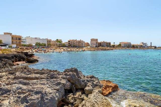 4 soveværelse Byhus til salg i Colonia de Sant Jordi med swimmingpool - € 960.000 (Ref: 6228845)