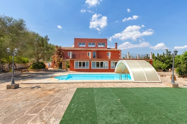 5 bedroom Finca/Country House for sale in Ses Salines with pool - € 740,000 (Ref: 6228865)
