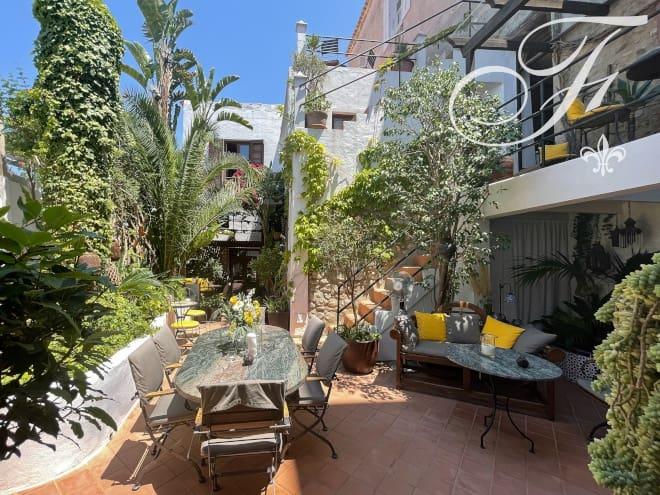 9 bedroom Villa for sale in Ibiza / Eivissa town - € 3,800,000 (Ref: 6249088)