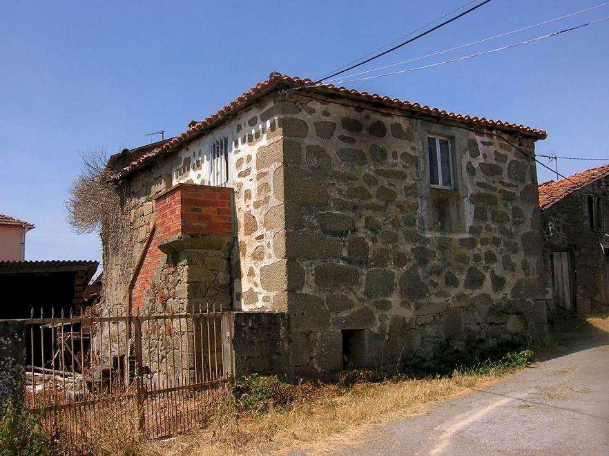 Ruin til salgs i Ferreira de Panton - € 12 000 (Ref: 2507846)
