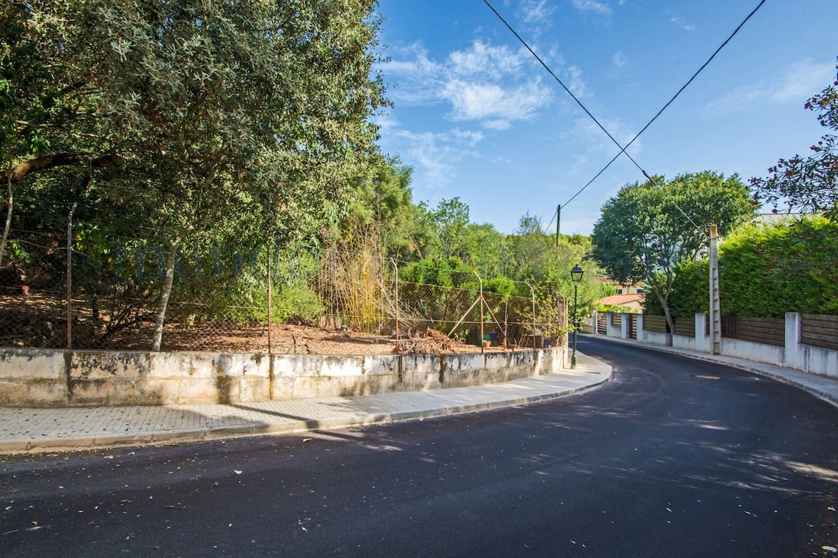 Building Plot for sale in Campanet - € 160,000 (Ref: 3525911)