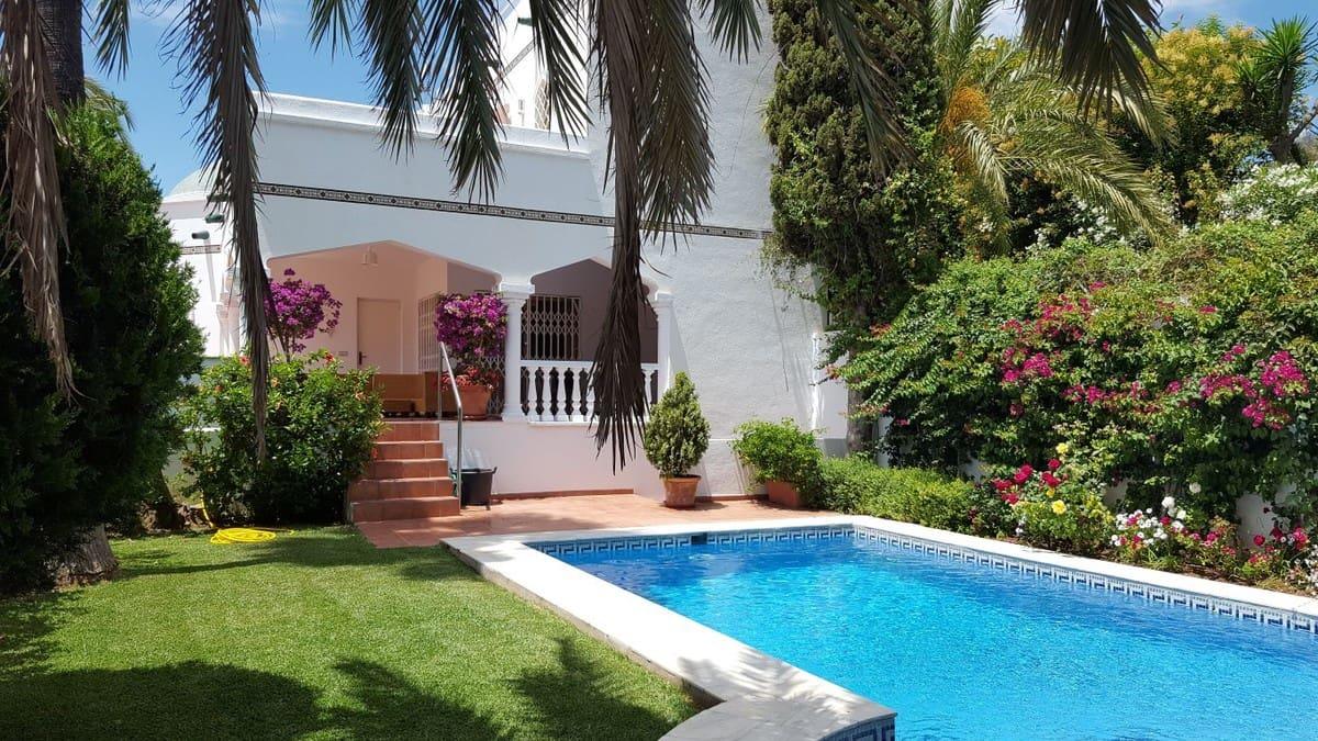 3 bedroom Villa for sale in Marbella with pool garage - € 1,175,000 (Ref: 4295500)