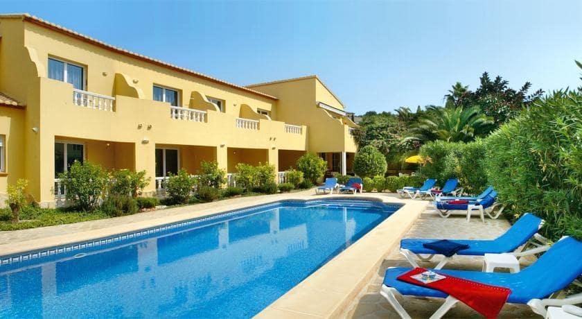Hotel de 10 habitaciones en Benissa en venta con piscina - 1.600.000 € (Ref: 4923407)
