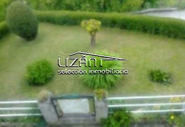 Adosado de 4 habitaciones en Bimenes en venta con garaje - 75.000 € (Ref: 5861203)