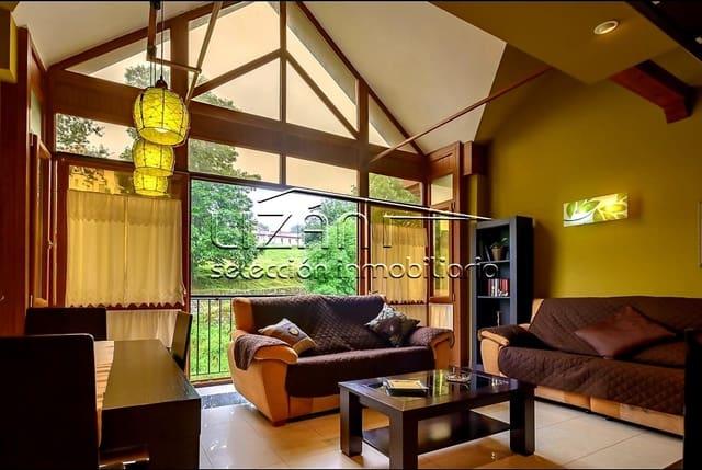 Adosado de 5 habitaciones en Llanes en venta con garaje - 335.000 € (Ref: 5861242)