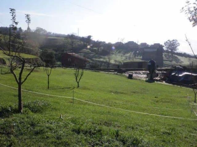 Teren niezagospodarowany na sprzedaż w Las Regueras - 35 000 € (Ref: 4073681)