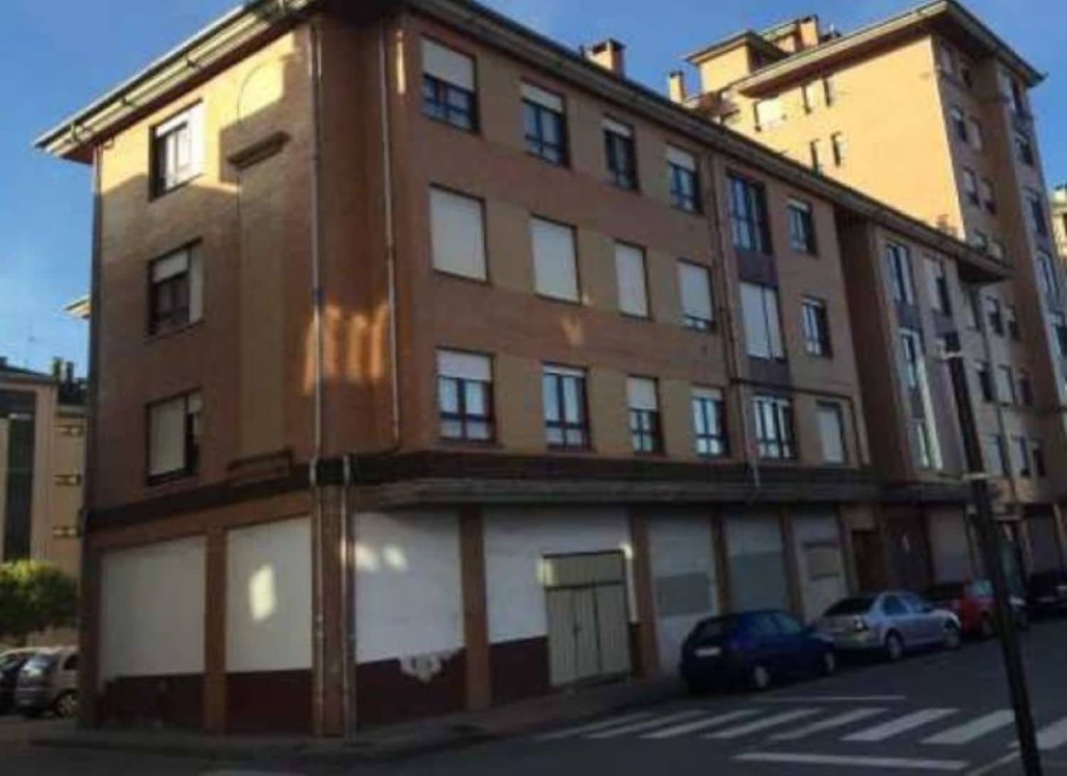 Commercial for sale in Siero - € 98,000 (Ref: 4156202)