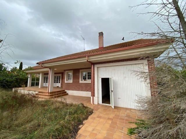 5 sovrum Villa till salu i Valencia de Don Juan med pool garage - 245 000 € (Ref: 5191555)