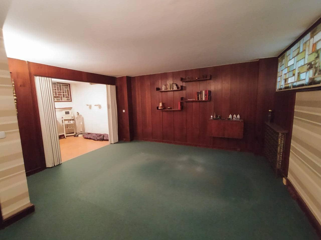 6 chambre Bureau à vendre à Bilbao - 140 000 € (Ref: 3860389)