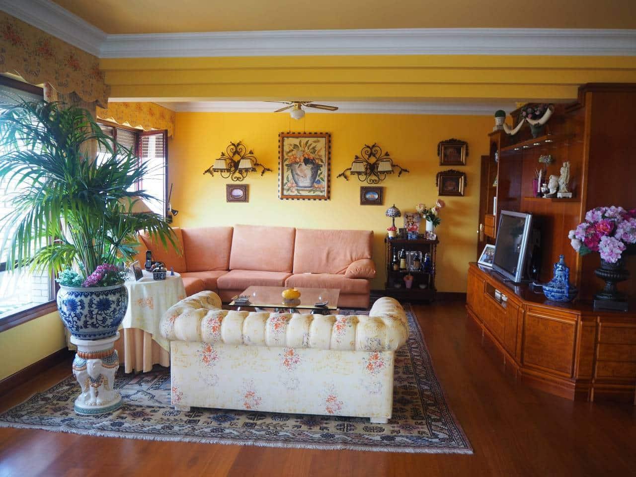 Adosado de 5 habitaciones en Bilbao en venta - 590.000 € (Ref: 3860507)