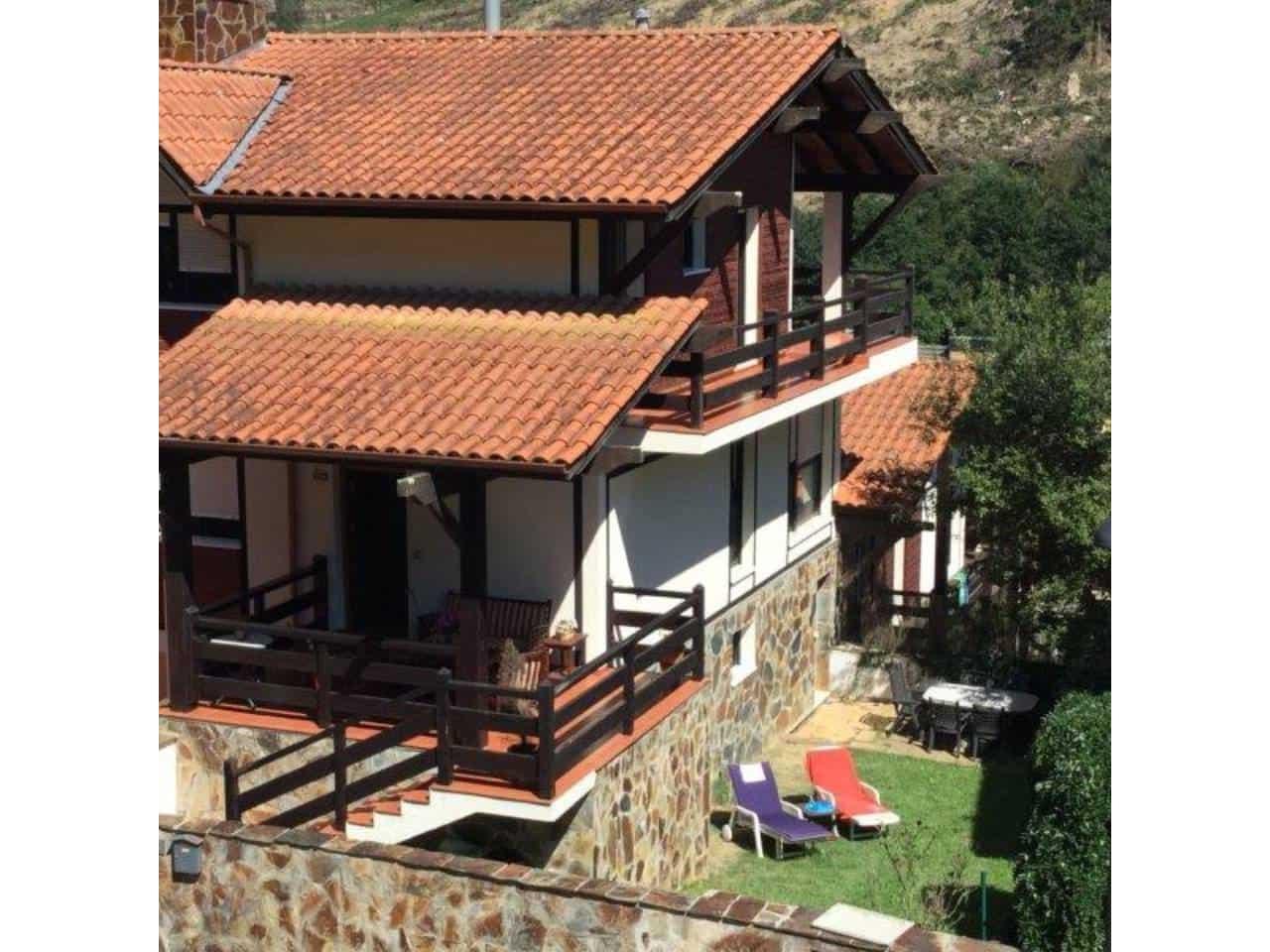 Pareado de 4 habitaciones en Plentzia en venta - 330.000 € (Ref: 3860585)