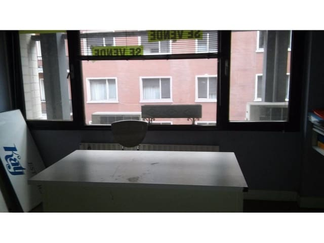 3 chambre Bureau à vendre à Bilbao - 305 000 € (Ref: 3862214)