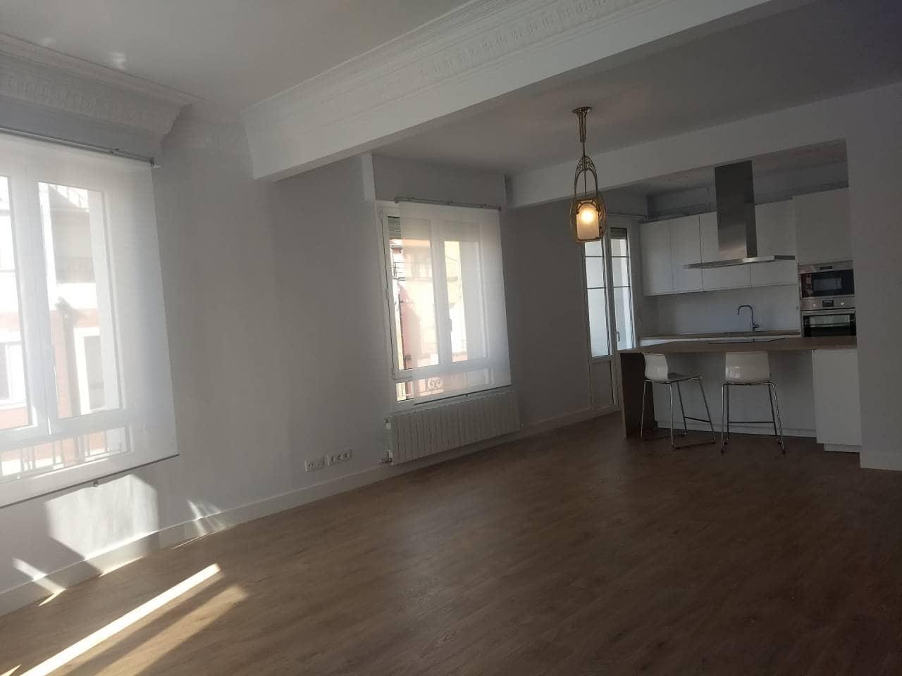 2 slaapkamer Flat te huur in Bilbao - € 1.250 (Ref: 3936806)