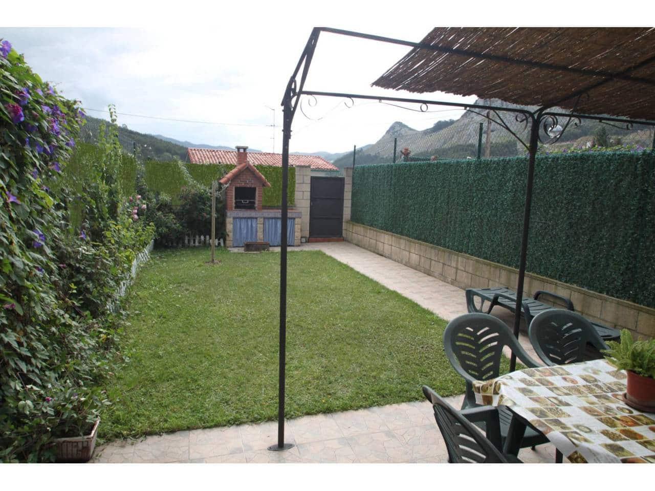 3 Zimmer Reihenhaus zu verkaufen in Castro-Urdiales mit Pool Garage - 250.000 € (Ref: 4259918)