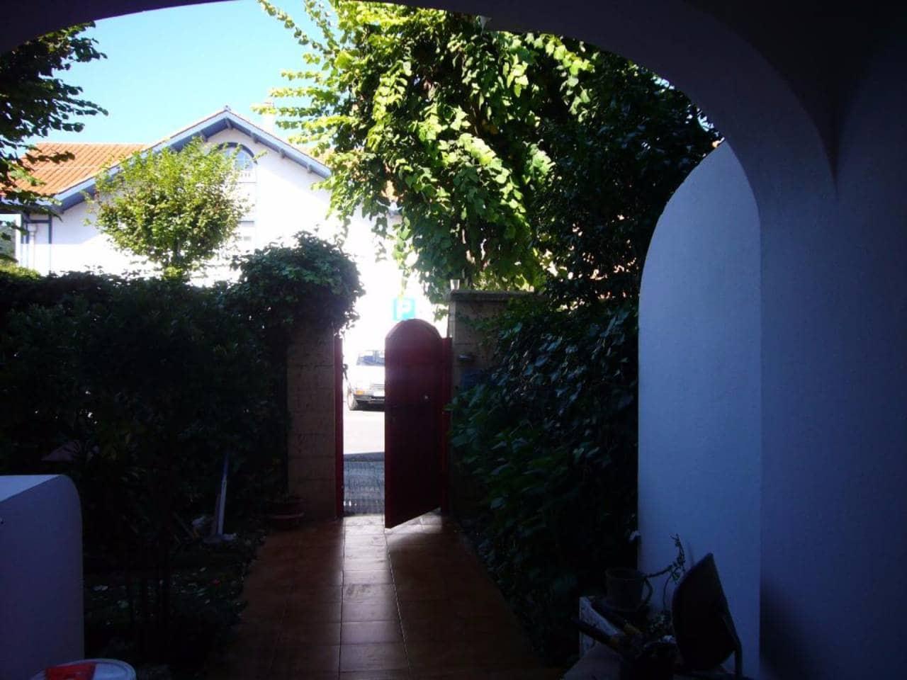 Adosado de 5 habitaciones en Loiu en venta - 590.000 € (Ref: 4319362)