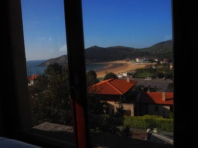 Casa de 6 habitaciones en Gorliz en venta - 775.000 € (Ref: 4520100)