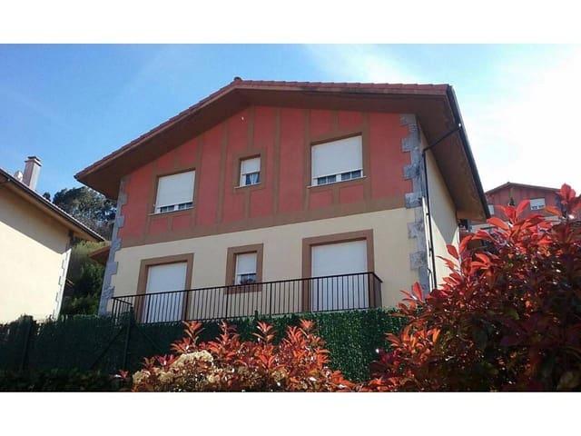 4 Zimmer Villa zu verkaufen in Castro-Urdiales mit Garage - 260.000 € (Ref: 4613614)