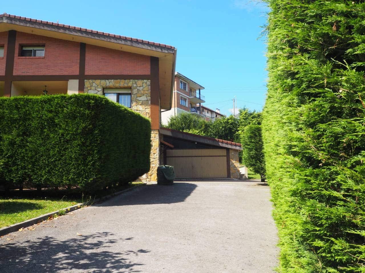 5 chambre Villa/Maison Semi-Mitoyenne à vendre à Sondika - 600 000 € (Ref: 4632707)