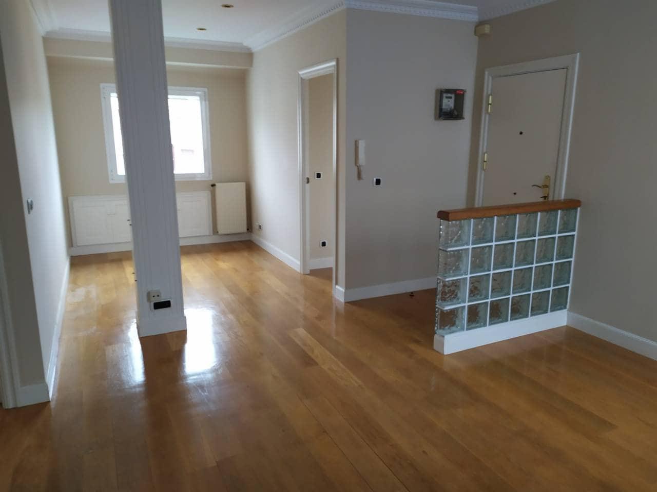 2 slaapkamer Flat te huur in Bilbao - € 1.100 (Ref: 4823463)