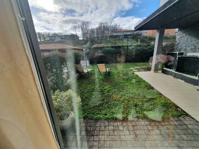 Adosado de 4 habitaciones en Mungia en venta con piscina garaje - 475.000 € (Ref: 5710994)
