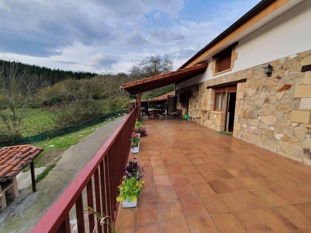 5 soverom Villa til salgs i Larrabetzu - € 495 000 (Ref: 5716142)